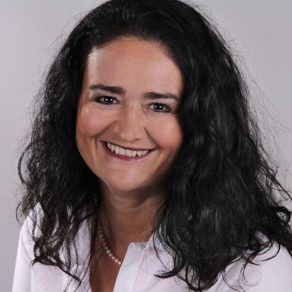 Ayurveda-Therapeutin und Lomi Lomi Nui Master Ottilie Strobel